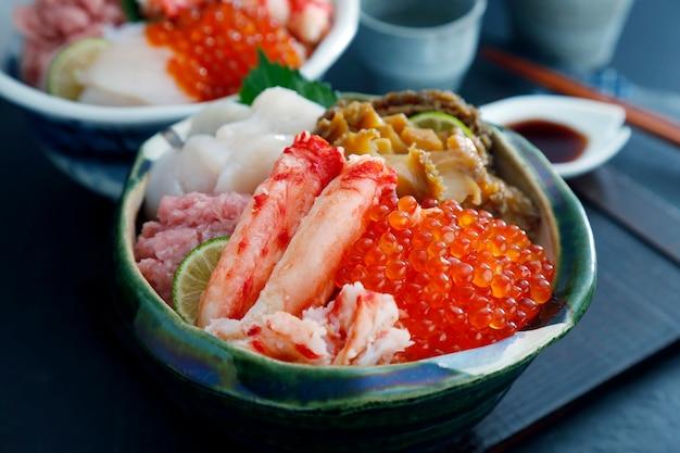 Japanische meeresfrüchte-kombination