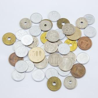 Japanische münzen yen notizen. währung von japan