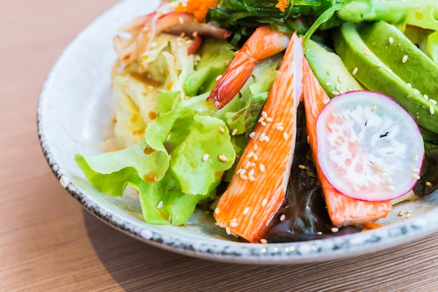 Japanischer meeresfrüchtesalat