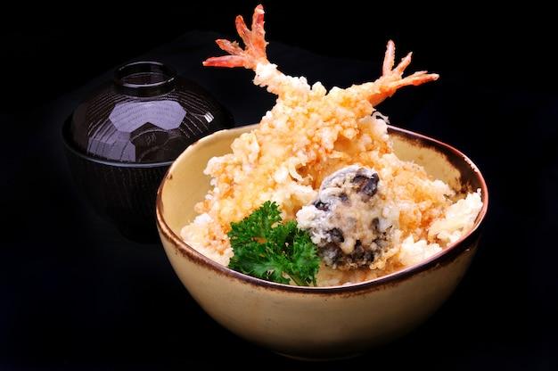Japanischer tempura don