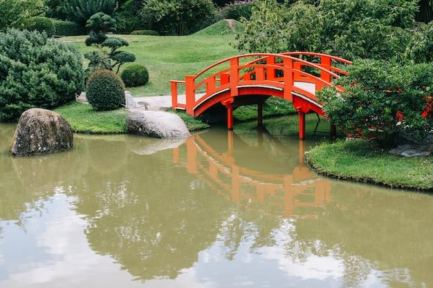 Japanischer und botanischer garten in toulouse, die französische rosa stadt