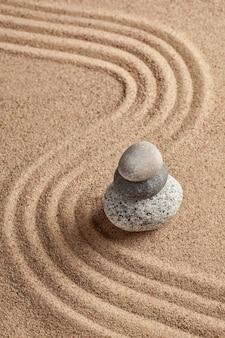 Japanischer zen steingarten