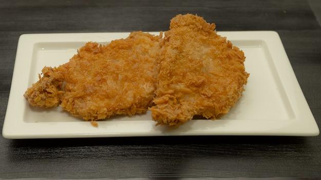 Japanisches frittiertes schweinefleisch