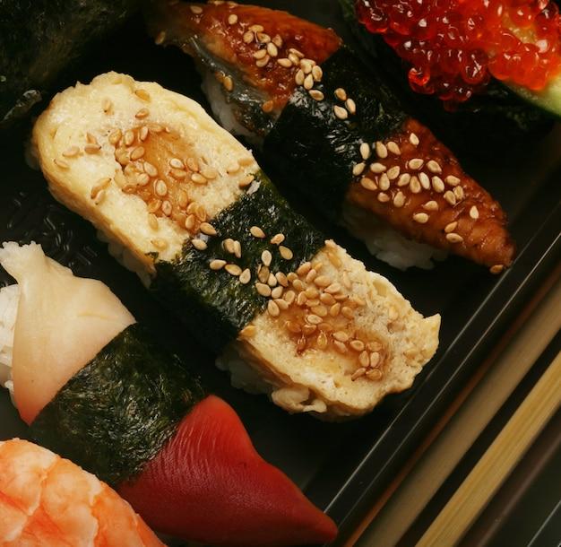 Japanisches traditionelles sushi