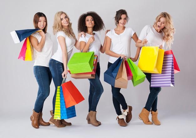 Jede frau mag einkaufszeiten