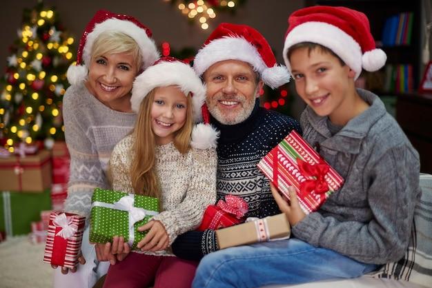 Jeder hat sein verträumtes geschenk erhalten