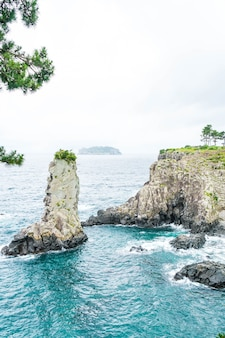 Jeju-do oedolgae rock (berühmtes naturdenkmal) in jeju island,