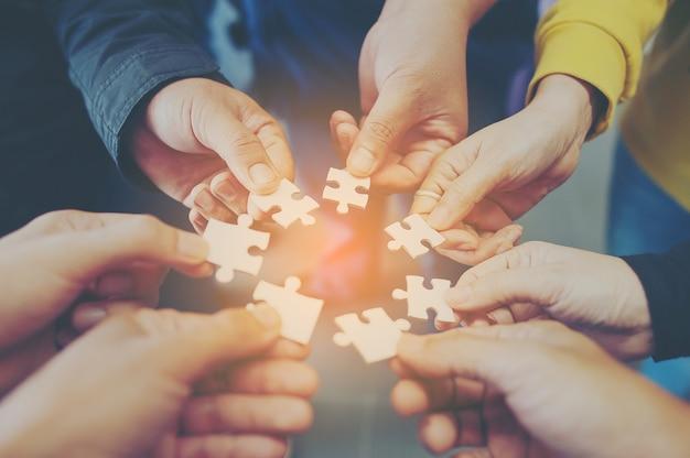 Jigsaw ist eine harmonie unter der gruppe wird nicht unmöglich sein.