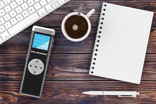 Journalist digital voice recorder oder diktiergerät, tastatur, leere notizblock mit stift und tasse kaffee auf einem holztisch. 3d-rendering