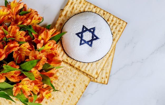 Judentum religiös auf jüdischem matza-passah