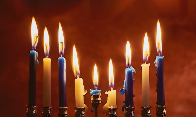 Jüdische feiertag hannukah symbole - menorah