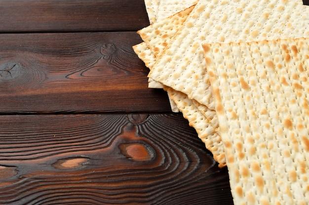 Jüdisches traditionelles passahfest-matzobrot