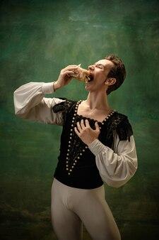Junge balletttänzerin als schneewittchen-charakter moderne märchen