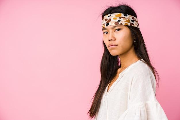 Junge chinesische hippiefrau