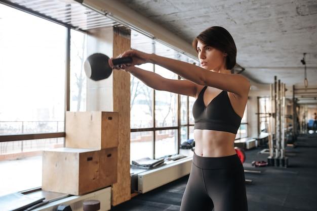 Junge fitnessfrau