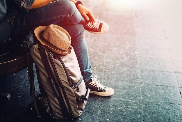 Junge reisende urlaubsreise