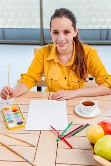 Junge schule gilr zeichnung bilder zu hause