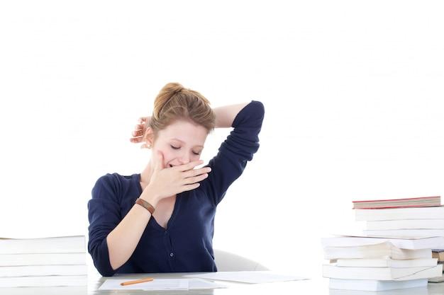 Junge studentin gestresst