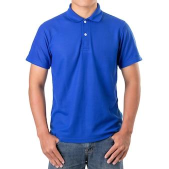 Junger asiatischer mann tragen ein blaues polot-shirt