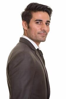 Junger hübscher persischer mann auf weiß
