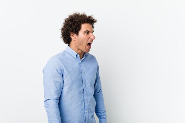 Reifer Mann Nimmt Es Mit Zwei Teenies Auf