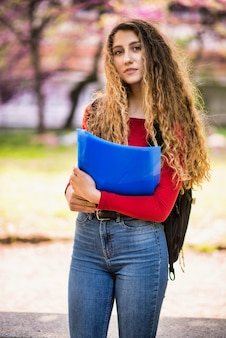 Junges jugendlichstudentinporträt