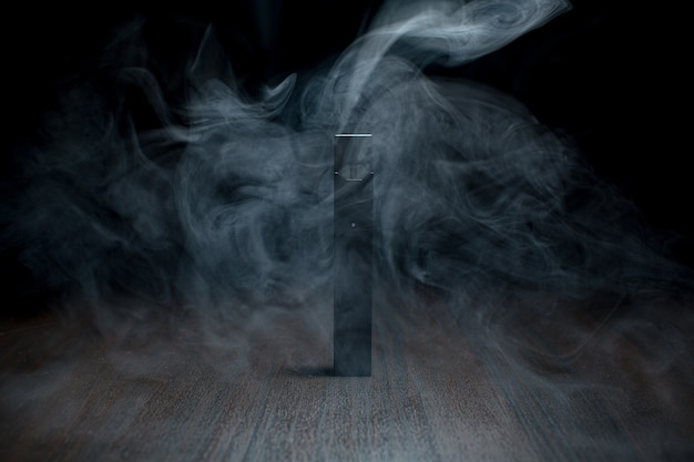 Juul e-zigarette nikotindampf stick und pads