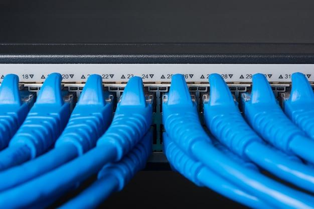 Kabel-patchkabel und switching hub, lan concept