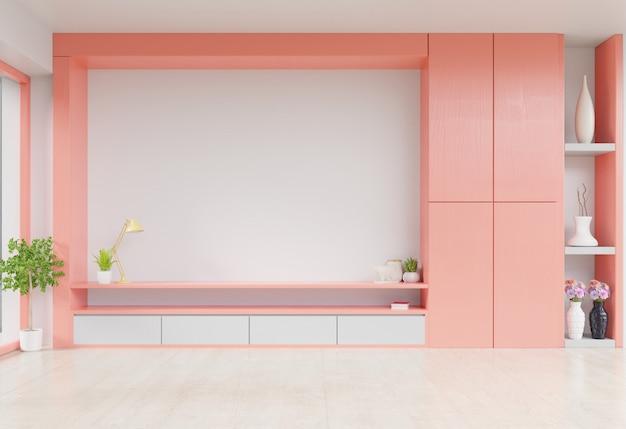 Kabinett fernsehen im modernen raum mit dekoration auf hölzernem lebendem korallenrotem farbwandhintergrund.