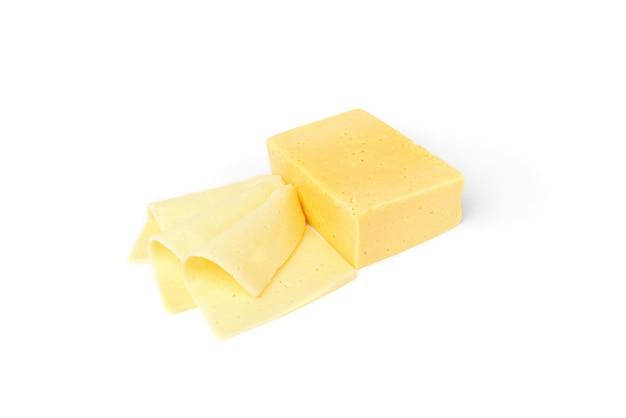 Käsescheibe isoliert.