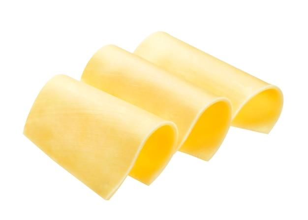 Käsescheibe lokalisiert auf weißem hintergrund mit beschneidungspfad