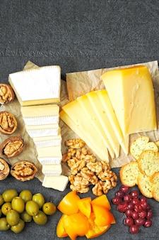Käseset und snacks. keto-snack.