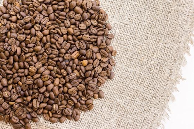 Kaffee auf sackleinen
