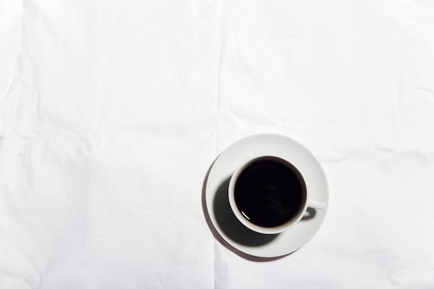 Kaffee das konzept der herbstlichen gemütlichkeit