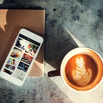 Kaffee-Getränk-Verbindungs-Daten-Café-Freizeit-Konzept