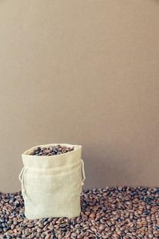 Kaffee-komposition mit baumwolltasche