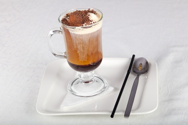 Kaffee mit eiscreme