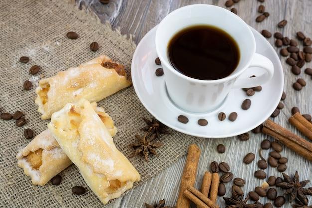 Kaffee mit keksen