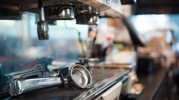 Kaffee tamper auf kaffeemaschine