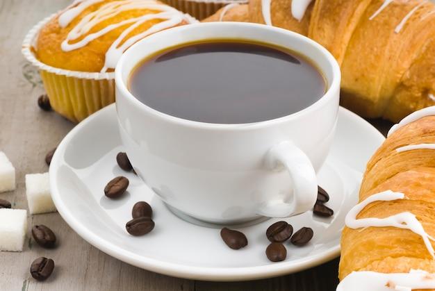 Kaffee und muffins