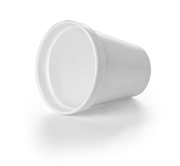 Kaffeebecher aus polistren-schaumstoff mit beschneidungspfad