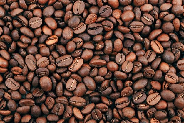 Kaffeebohne hintergrund dunkelbraun geröstete kaffeebohnen