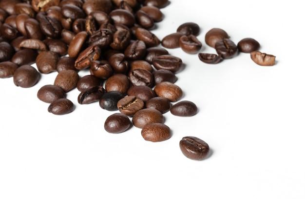 Kaffeebohnen isoliert