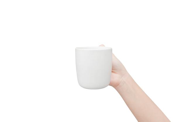 Kaffeetasse in der hand lokalisiert auf weißem hintergrund.