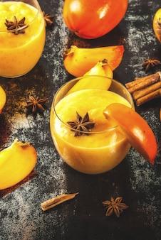 Kakifrucht-smoothie