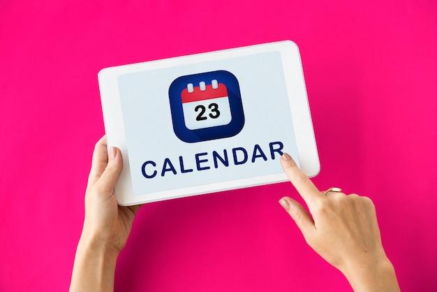 Kalender-app auf einem tablet