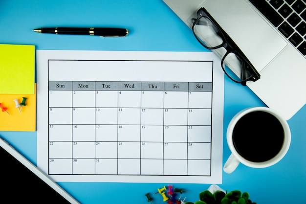 Kalenderplan monatlich geschäfte oder aktivitäten durchführen.