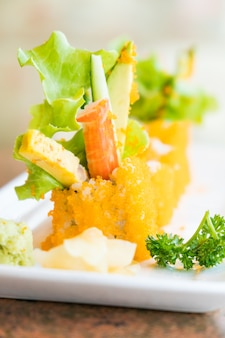 Kalifornisches sushi-maki