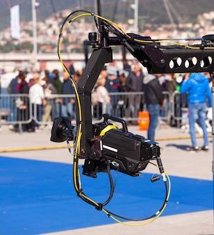 Kamera am kran im set für die sendung