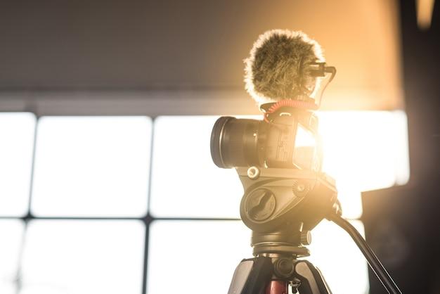 Kameraaufnahmen, filmaufnahmen, schießen, auf stativ